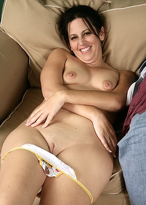 Best Mature Shaved Pussy Porn Pictures