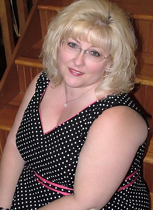 Best Chubby Mature Porn Pictures