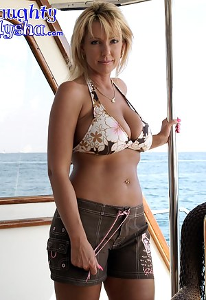 Best Mature Boat Porn Pictures