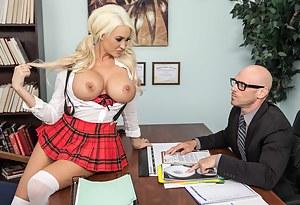 Best Schoolgirl Porn Pictures